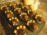 Give Thanks In All Things Turkey Cupcakes
