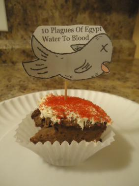 The 10 Plagues of Egypt Water To Blood Cupcake Recipe