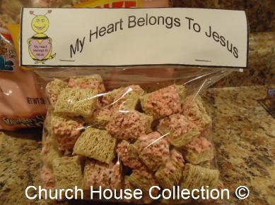 My  heart belongs to Jesus valentine bee snack for kids- Strawberry cream mini spooners cereal ziplock bag template