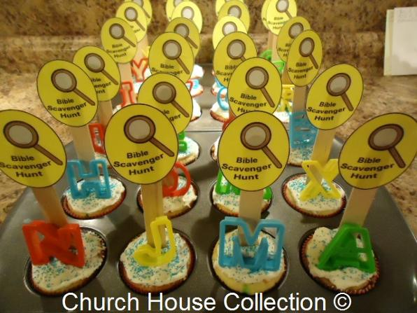 Bible Scavenger Hunt Cupcakes