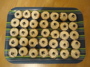 The 10 Plagues of Egypt Fly Cupcakes Recipe