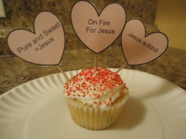 Jesus Sweetheart Candy Cupcakes