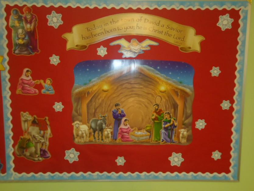 Nativity Scene Snowflake bulletin board idea for christmas