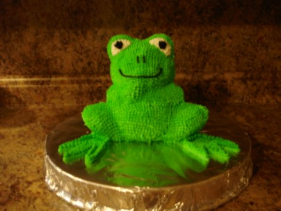 The 10 Plagues of Egypt Frog Cake